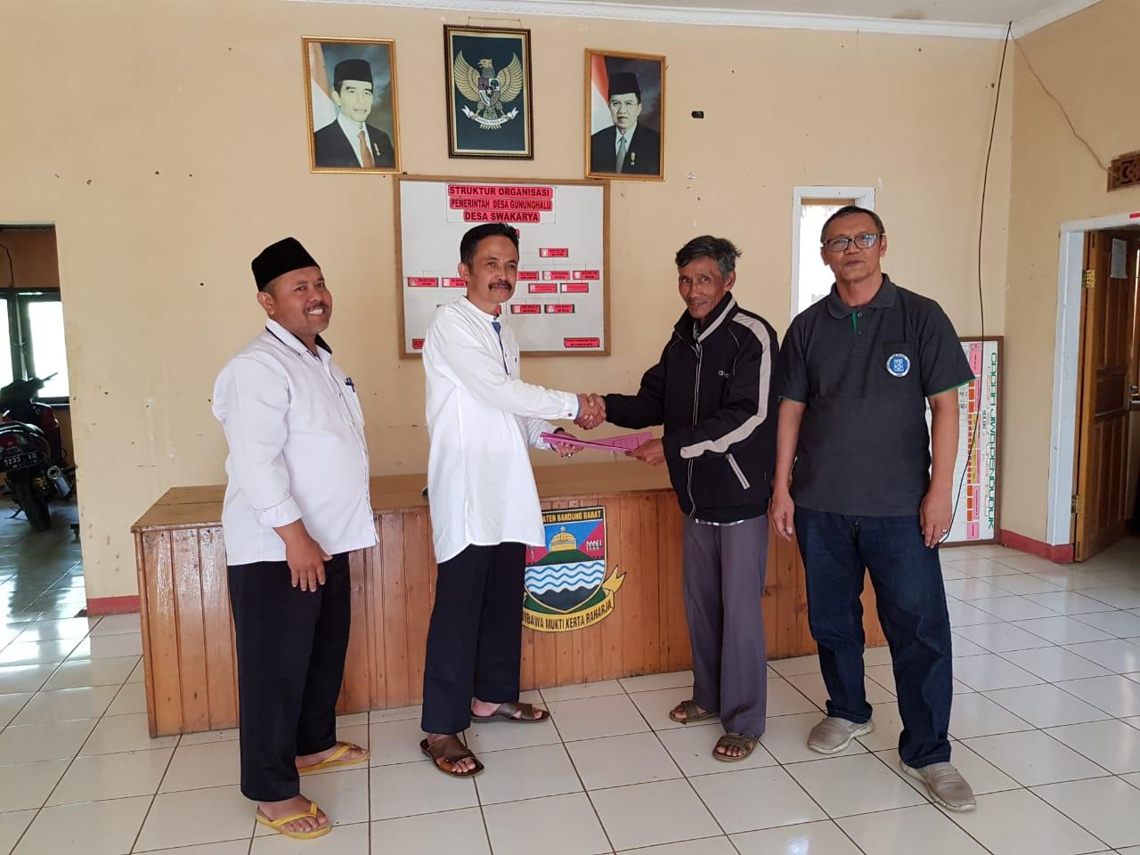 Dekan SITH-ITB Ikut Menandatangani Kesepakatan Pemanfaatan Lahan Desa Gunung Halu