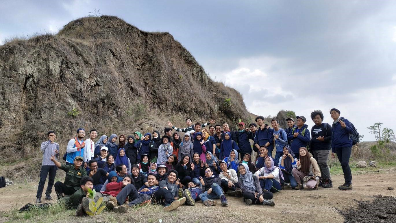 """GUGEUL exFLORAtion DAY 2018"" Kulap Taksonomi Tumbuhan : Mengenali berbagai jenis tumbuhan liar di lereng Gn. Geulis"